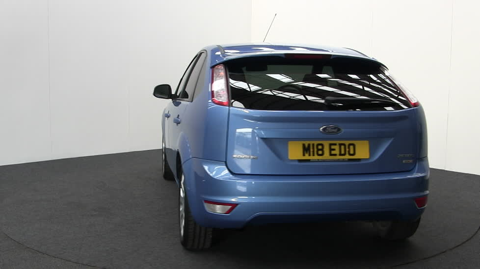 Ford focus zetec tdci 5 door hatchback diesel blue 2011 m18edo