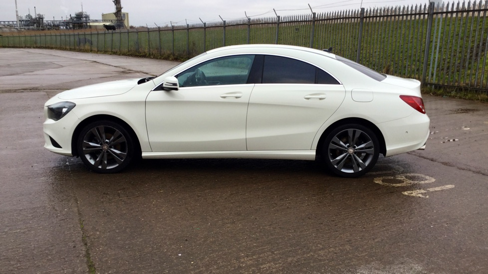 used mercedes benz cla class cla 180 sport 4 doors saloon for sale in hessle east yorkshire. Black Bedroom Furniture Sets. Home Design Ideas