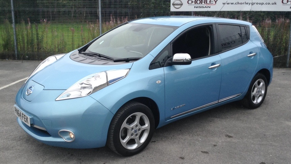 used nissan leaf acenta 5 dr hatchback 133701008. Black Bedroom Furniture Sets. Home Design Ideas