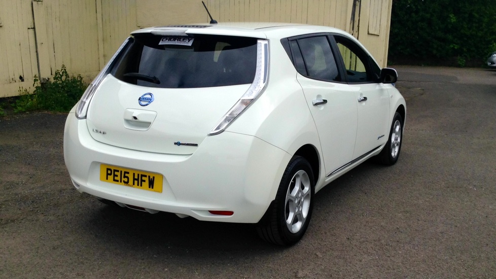 used nissan leaf acenta sales now on 500 finance. Black Bedroom Furniture Sets. Home Design Ideas