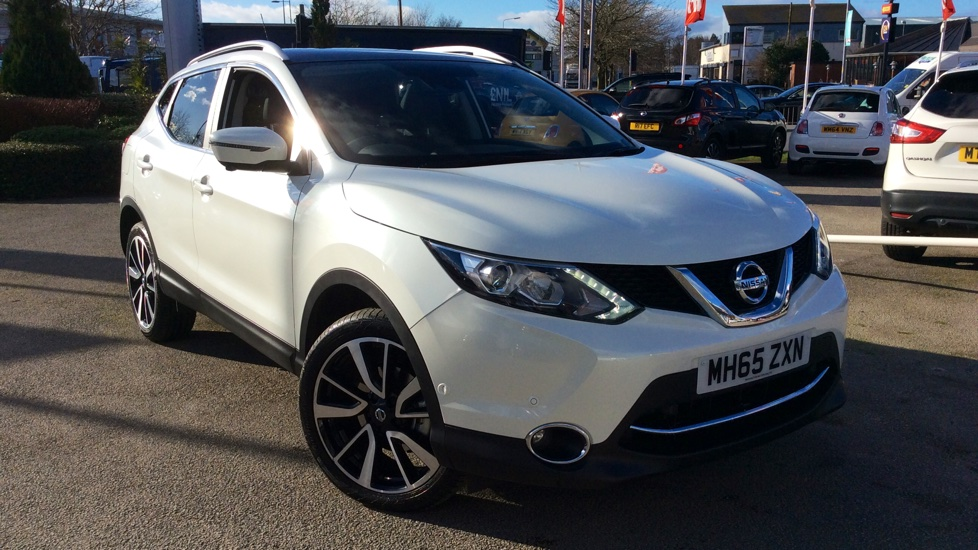 Nissan Qashqai 1.6 dCi Tekna [Non-Panoramic] 5dr Diesel Hatchback (2016) image