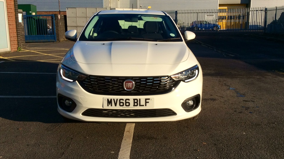 fiat tipo 1 6 multijet easy plus 5dr diesel hatchback 2016 mv66blf in stock used fiat. Black Bedroom Furniture Sets. Home Design Ideas