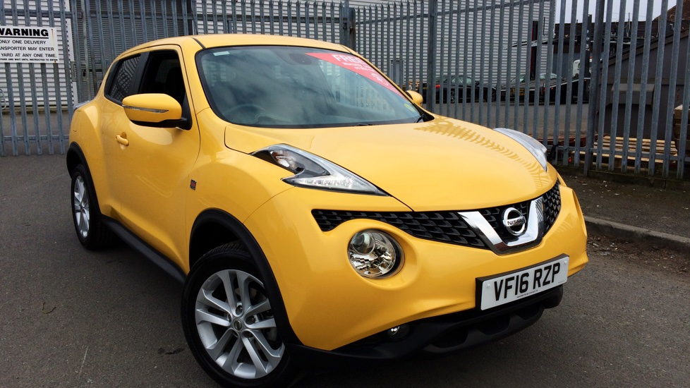used nissan juke yellow cars for sale motorparks. Black Bedroom Furniture Sets. Home Design Ideas