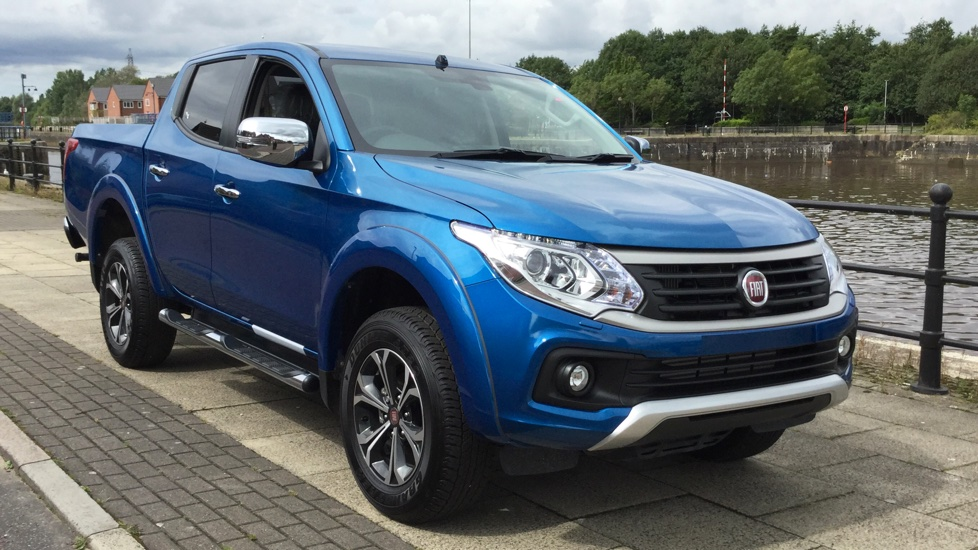 Fiat Fullback Double Cab LX 180 Fully Loaded with Delivery Miles and a MASSIVE saving on List Price 2.4 Diesel Automatic 4 door Pickup (2017) image
