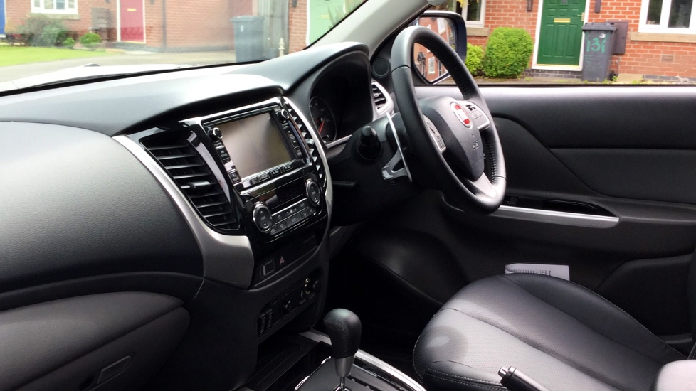 Fiat Fullback Double Cab LX 180 Fully Loaded with Delivery Miles and a MASSIVE saving on List Price image 7