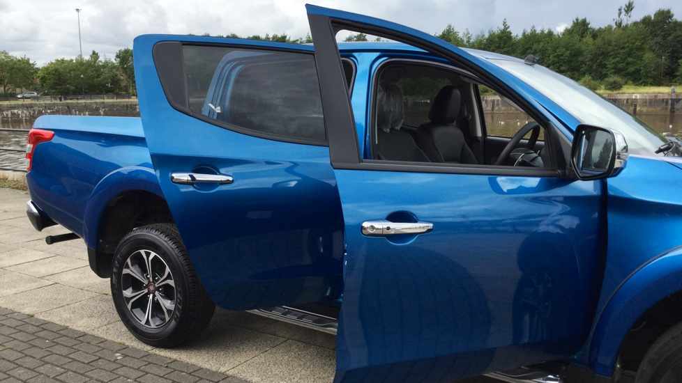 Fiat Fullback Double Cab LX 180 Fully Loaded with Delivery Miles and a MASSIVE saving on List Price image 17
