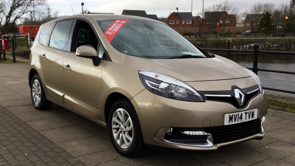 Renault Grand Scenic 1.5 dCi Dynamique TomTom Energy 5dr [Start Stop] Diesel MPV (2014) image