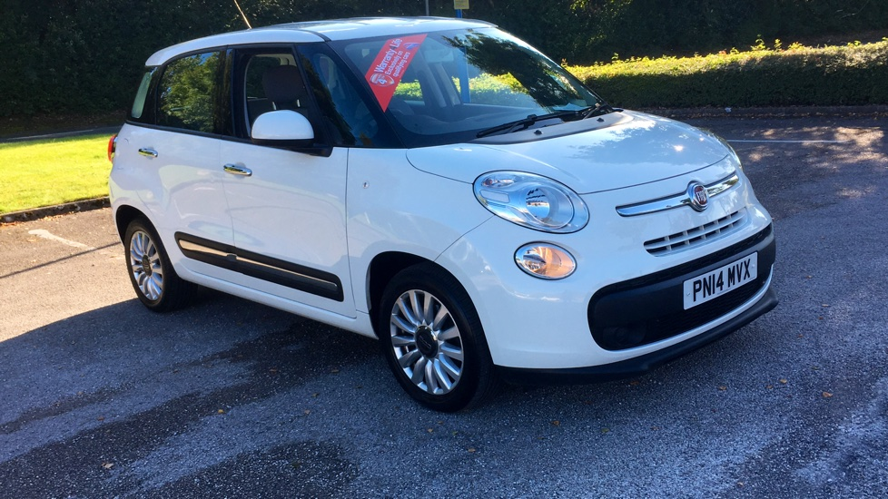 Fiat 500L 1.4 Pop Star with Air Conditioning and Bluetooth 5 door Hatchback (21014) image