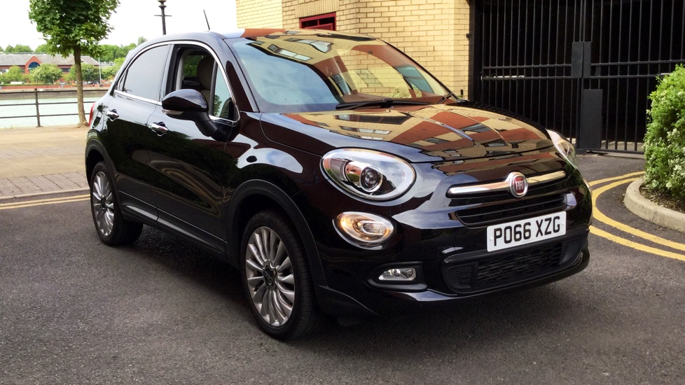 fiat 500x 1 6 multijet lounge demonstrator vehicle excellent saving diesel 5 door hatchback. Black Bedroom Furniture Sets. Home Design Ideas