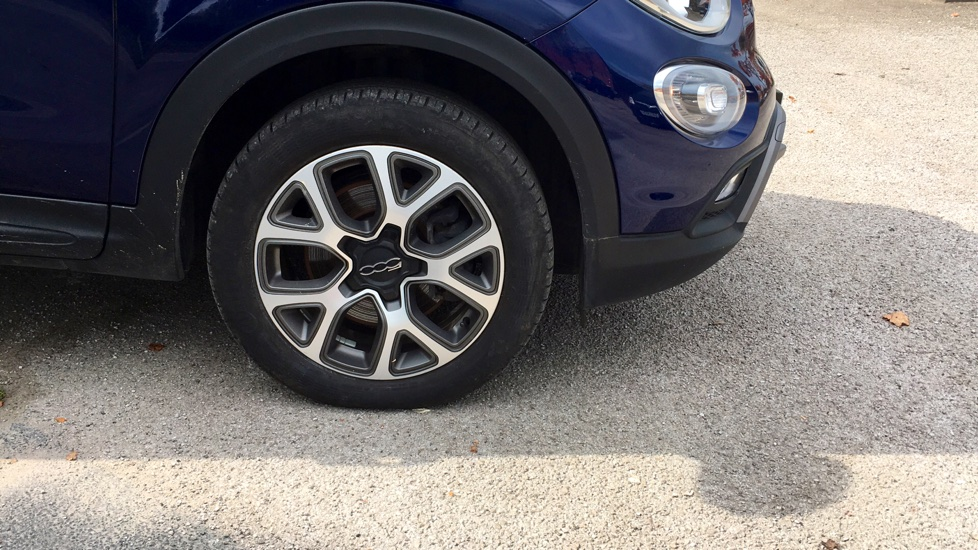 Fiat 500X 1.6 Multijet Cross with Cruise Control and Bluetooth image 2