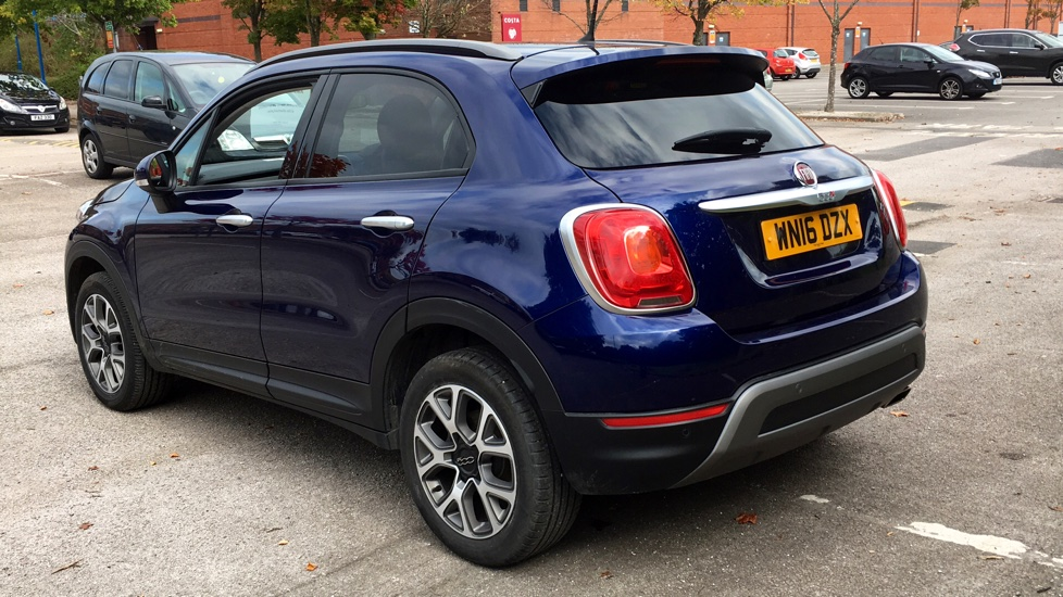 Fiat 500X 1.6 Multijet Cross with Cruise Control and Bluetooth image 6