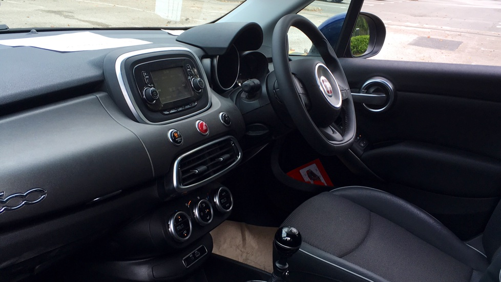 Fiat 500X 1.6 Multijet Cross with Cruise Control and Bluetooth image 7