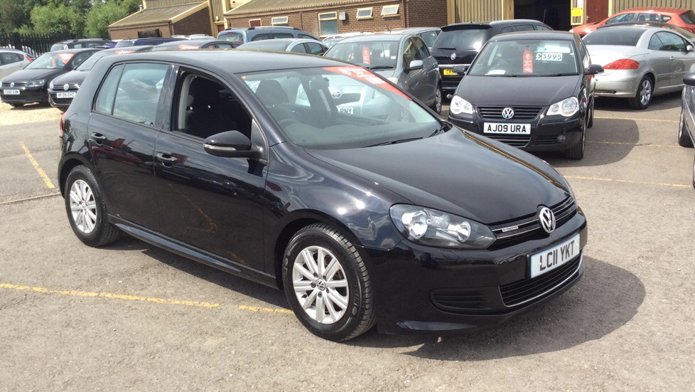 Volkswagen Golf 1.6 TDi 105 BlueMotion 5dr Diesel Hatchback (2011) image