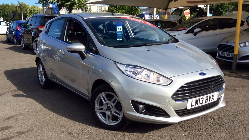 Ford Fiesta 1.6 Zetec Powershift Automatic 5 door Hatchback (2013) image
