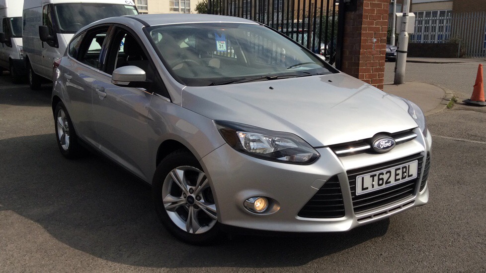 Ford Focus 1.6 125 Zetec 5dr Powershift Automatic Hatchback (2012) image