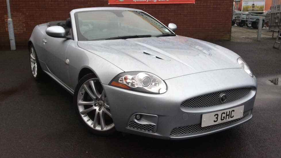 Jaguar XKR 4.2 Supercharged V8 2dr Auto Automatic Convertible (2008) image