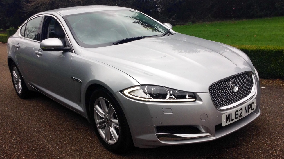 Jaguar XF 2.2d Luxury Auto Diesel Automatic 4 door Saloon (2012) image