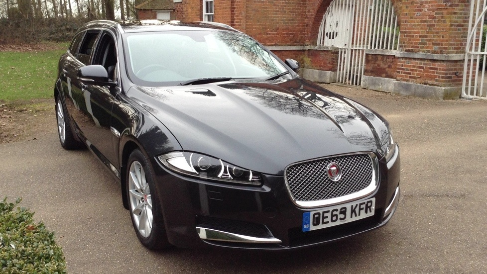 Jaguar XF 2.2d Premium Luxury 5dr Auto Diesel Automatic Estate (2014) image