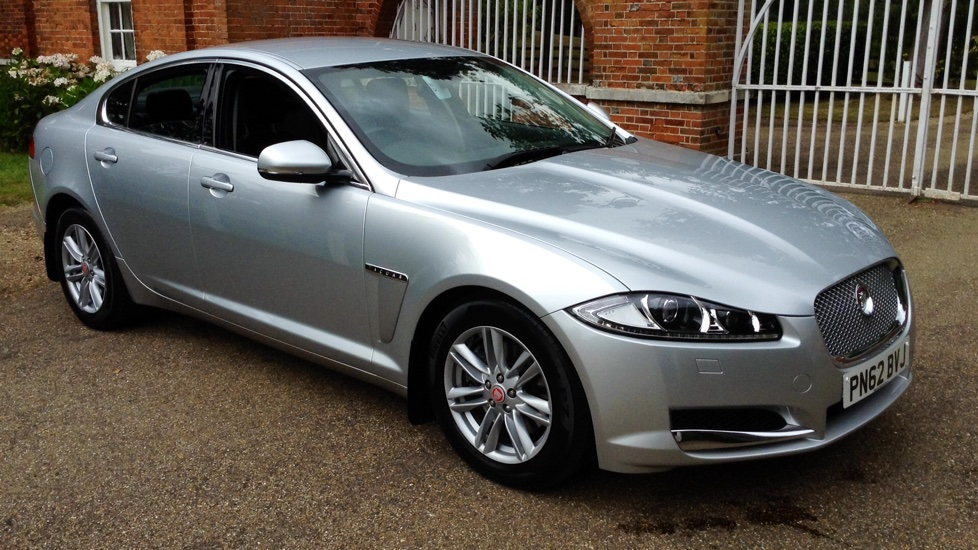 Jaguar XF 3.0 Luxury Diesel Automatic 4 door Saloon (2012) image