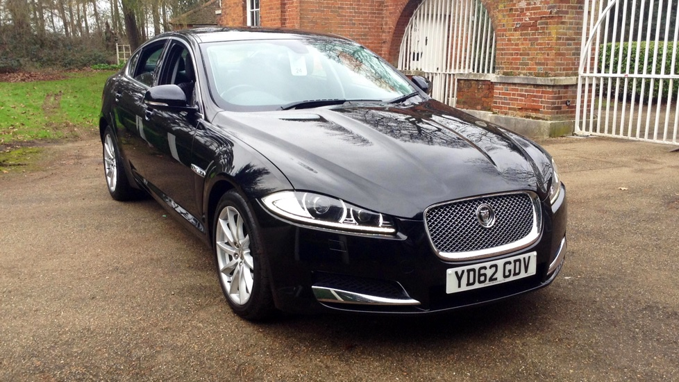 Jaguar XF 2.2d [200] Premium Luxury Auto Diesel Automatic 4 door Saloon (2012) image
