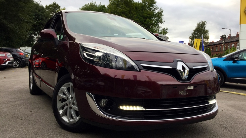 Renault Grand Scenic 1.6 dCi Dynamique TomTom Energy 5dr Diesel Estate (2013) image