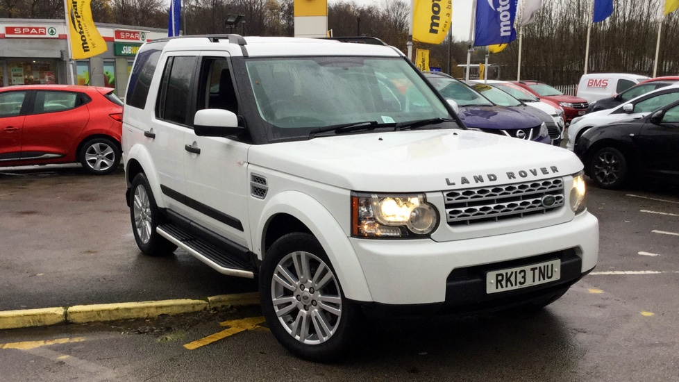 Land Rover Discovery 3.0 SDV6 255 GS 5dr Diesel Automatic Estate (2013) image