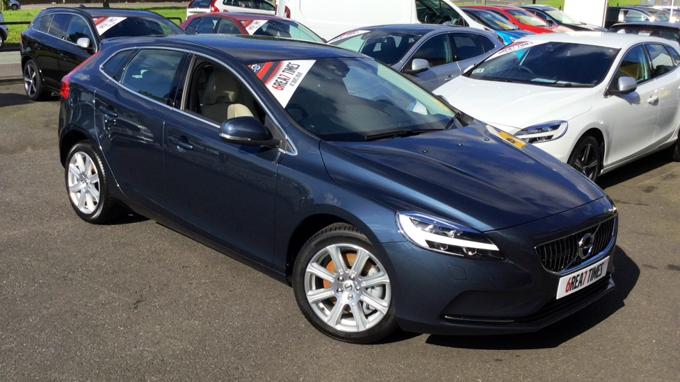 Volvo V40 D3 [4 Cyl 150] Inscription 5dr Geartronic with Huge Saving from New list 2.0 Diesel Automatic Hatchback (2017) image