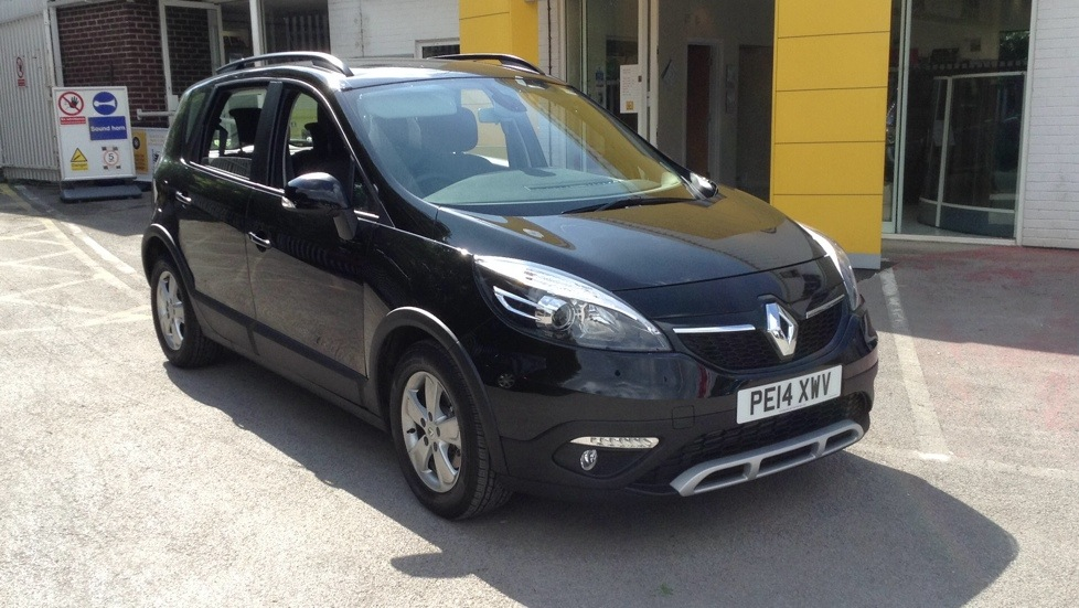Renault Scenic XMOD 1.5 dCi Dynamique TomTom Energy 5dr [Start Stop] Diesel MPV (2014) image