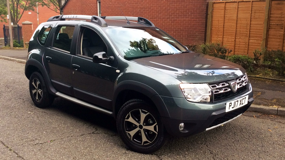 dacia duster 1 5 dci 110 se summit 5dr with low mileage diesel estate 2017 pj17xct in. Black Bedroom Furniture Sets. Home Design Ideas