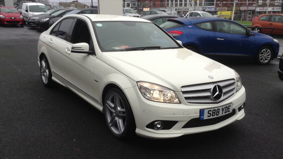 Mercedes-Benz C-Class C220 CDI BlueEFFICIENCY Sport 4dr Auto 2.1 Diesel Automatic Saloon (2010) image