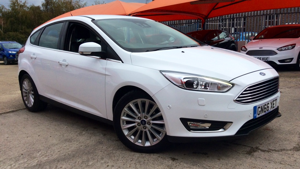 ford focus 1 0 ecoboost 125 titanium x 5dr hatchback 2016 gn66xet in stock used ford. Black Bedroom Furniture Sets. Home Design Ideas