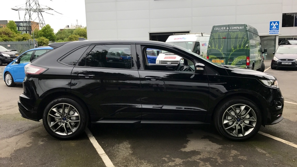 Ford Edge Sport 2.0TDCi 210PS Powershift Lux Pack image 4