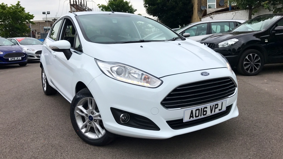 Ford Fiesta 1.6 Zetec Powershift Automatic 5 door Hatchback (2016) image