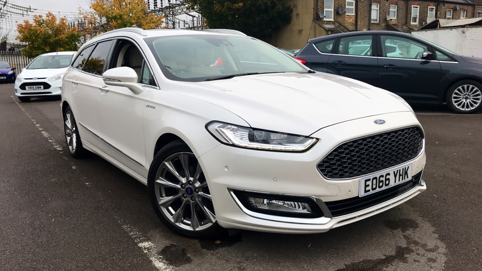 Ford Mondeo Vignale 2.0L Duratorq 180PS Diesel Automatic 5 door Estate (2016) at Ford Wimbledon thumbnail image