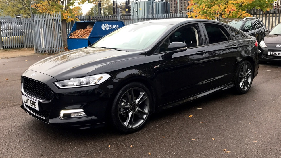 ford mondeo 2 0 tdci 180 st line powershift diesel automatic 5 door hatchback 2017 la17epe. Black Bedroom Furniture Sets. Home Design Ideas