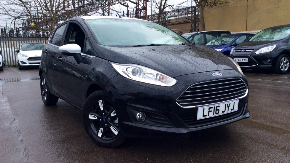 ford fiesta 1 0 ecoboost zetec black 5dr hatchback 2016 lf16jyj in stock used ford. Black Bedroom Furniture Sets. Home Design Ideas