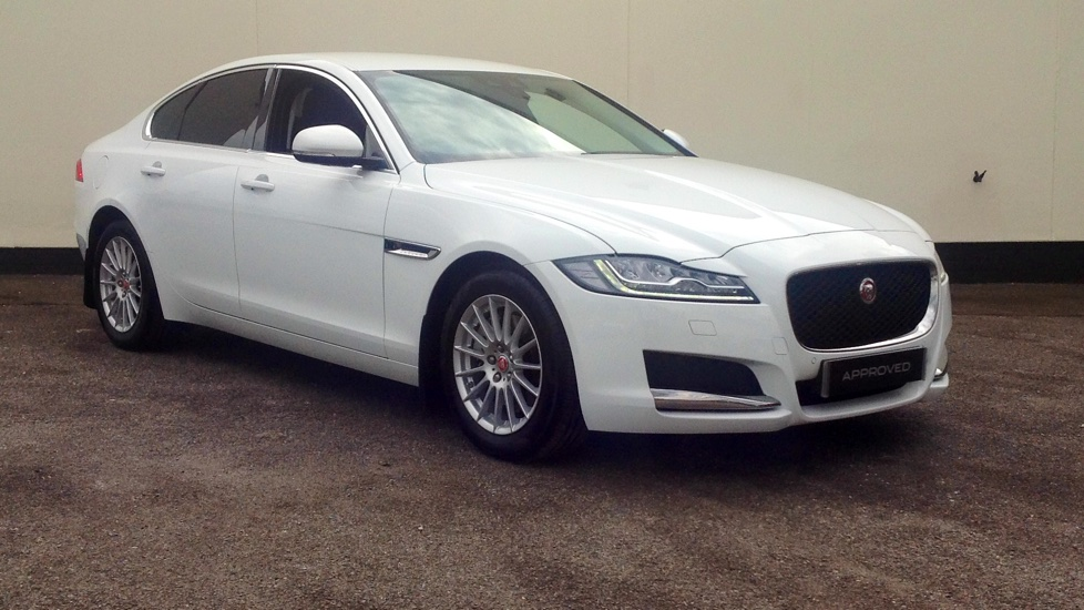 Jaguar XF 2.0d Prestige High Spec Diesel Automatic 4 door Saloon (2016)