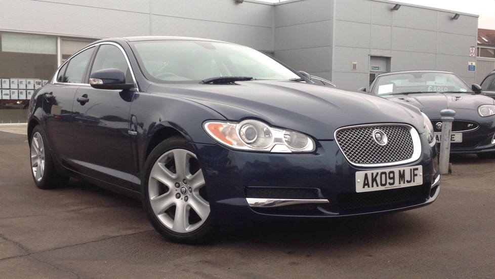 Jaguar XF Premium Luxury Great colour and spec 2.7 Diesel Automatic 4 door Saloon (2009) image