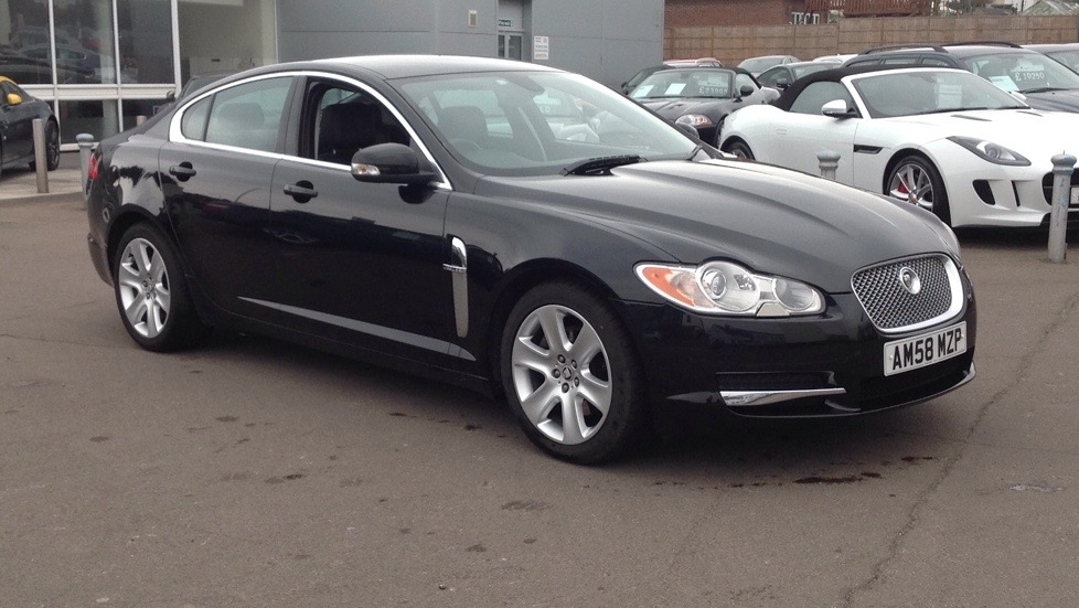 Jaguar XF 2.7d Premium Luxury  Diesel Automatic 4 door Saloon (2009) image