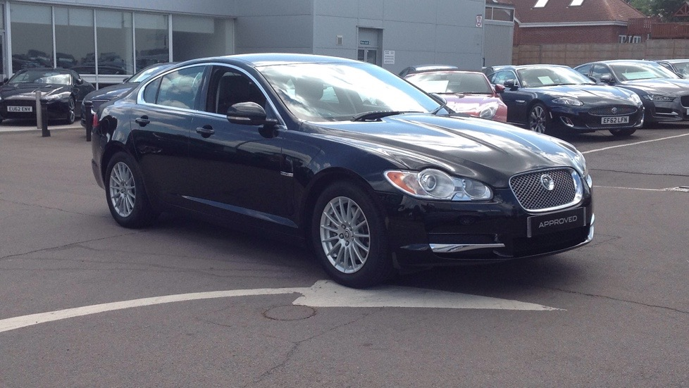 Jaguar XF Luxury Desirable Petrol Model 3.0 Automatic 4 door Saloon (2011) image