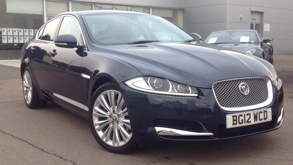 Jaguar XF V6 Premium Luxury Upgraded Alloys 3.0 Diesel Automatic 4 door Saloon (2012) image