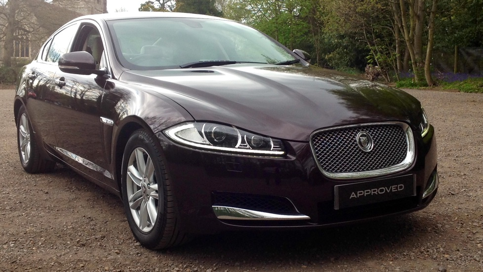 Jaguar XF 3.0d V6 Luxury [Start Stop] Diesel Automatic 4 door Saloon (2012) image