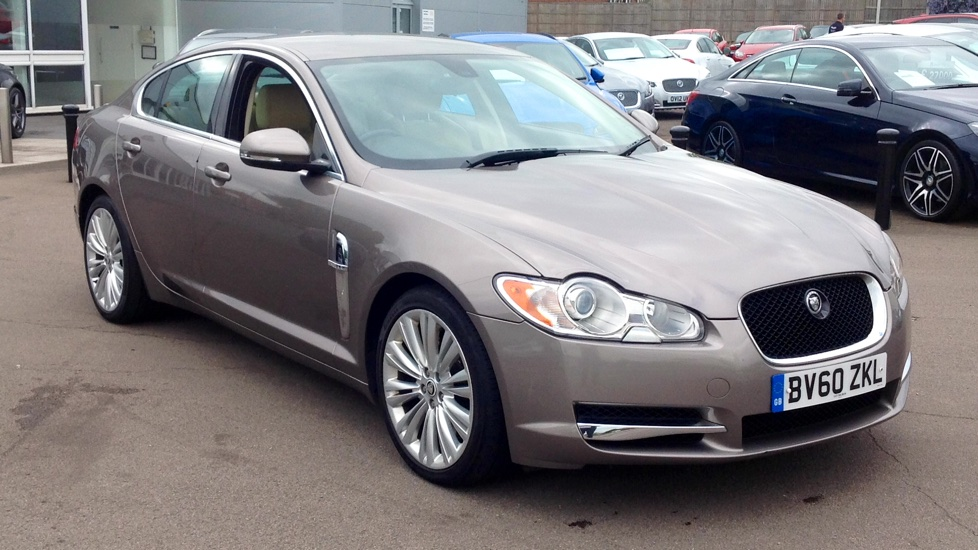 Jaguar XF 3.0d V6 S Luxury Diesel Automatic 4 door Saloon (2011) image