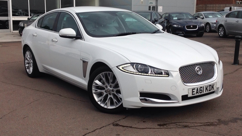 Jaguar XF Premium Luxury Low miles, High Spec.  2.2 Diesel Automatic 4 door Saloon (2012) image