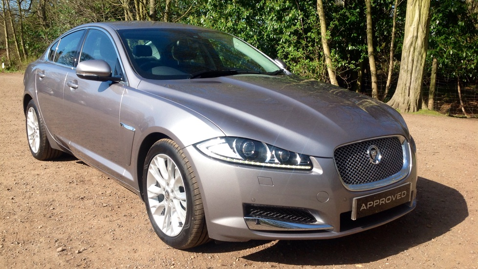 Jaguar XF 2.2d [200] Luxury Diesel Automatic 4 door Saloon (2013) image