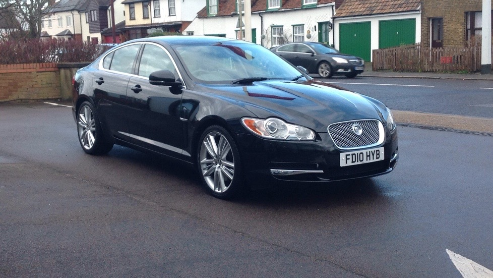 Jaguar XF Portfolio High Spec 3.0 Diesel Automatic 4 door Saloon (2010) image
