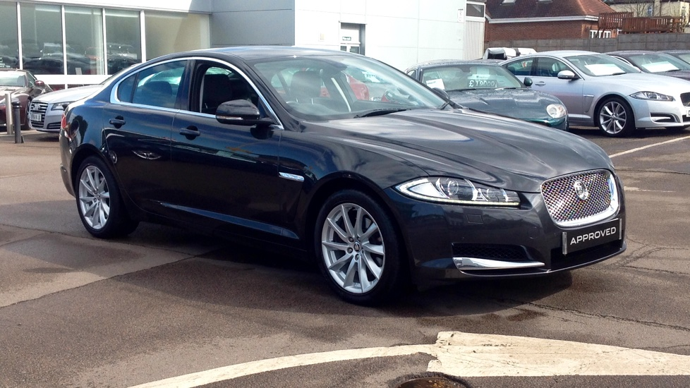 Jaguar XF V6 Luxury 3.0 Diesel Automatic 4 door Saloon (2012) image