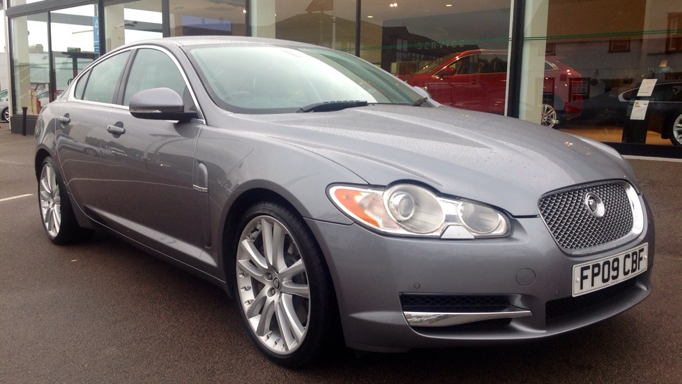 Jaguar XF 3.0d V6 S Premium Luxury Diesel Automatic 4 door Saloon (2009) image