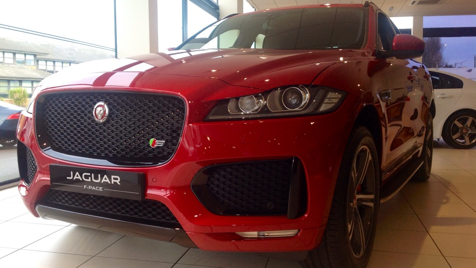 Jaguar F-PACE Contact us today and ask about our great offers on Stock Cars for immediate delivery.  Diesel Automatic 5 door Hatchback (2019) image