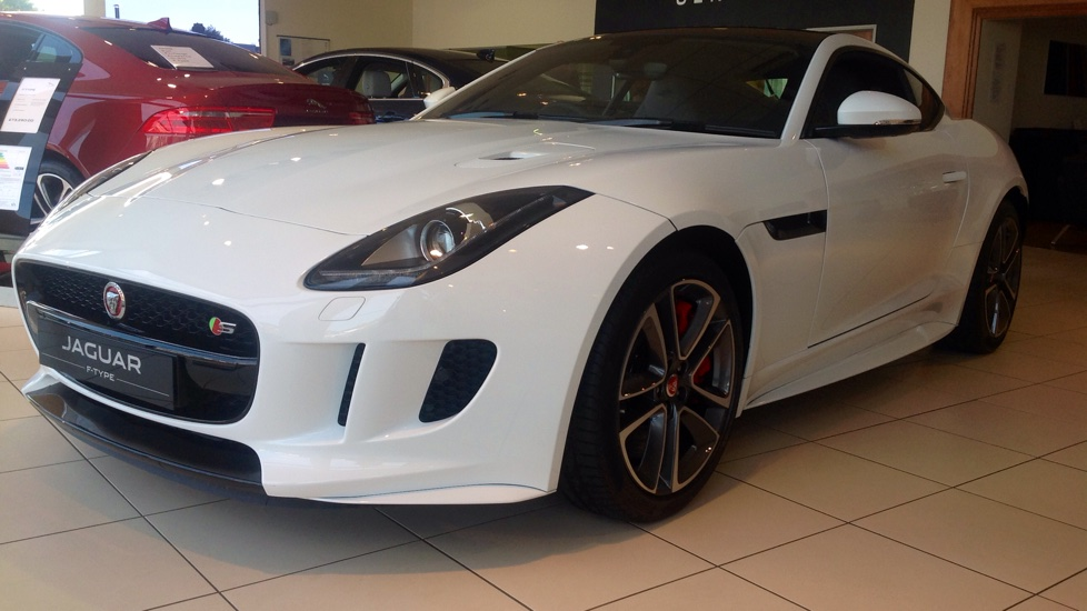 Jaguar F-TYPE Coupe 3.0 Supercharged AWD Excellent Saving off List   Automatic 3 door Coupe (2016)